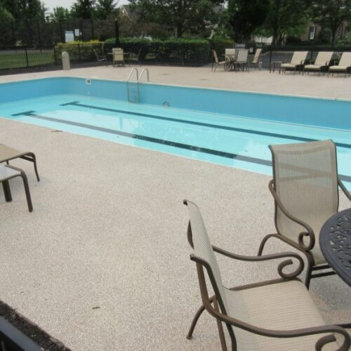 Concrete-Pool-Deck-Resurfacing-768x584